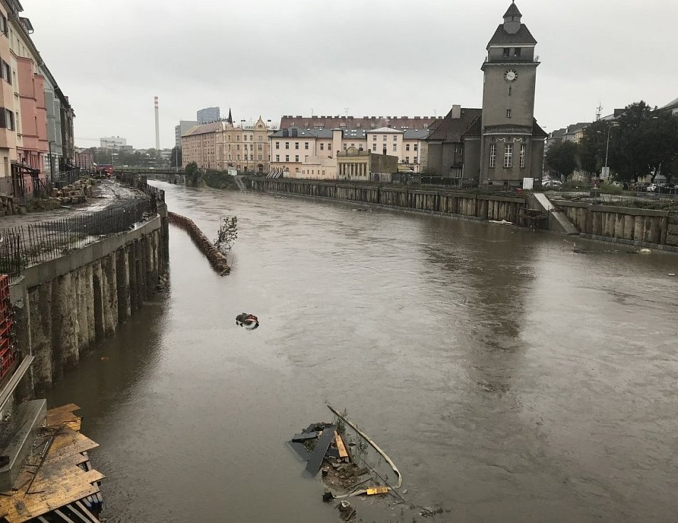 Řeka Morava u Bristolu v Olomouci, 14. října 2020 dopoledne