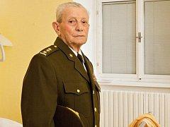 Válečný veterán Ivan Solovka ve středu zemřel ve Vojenské nemocnici Olomouc.