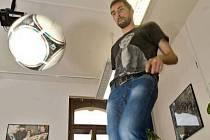 Michal Ordoš dribluje při on-line rozhovoru pro Olomoucký deník