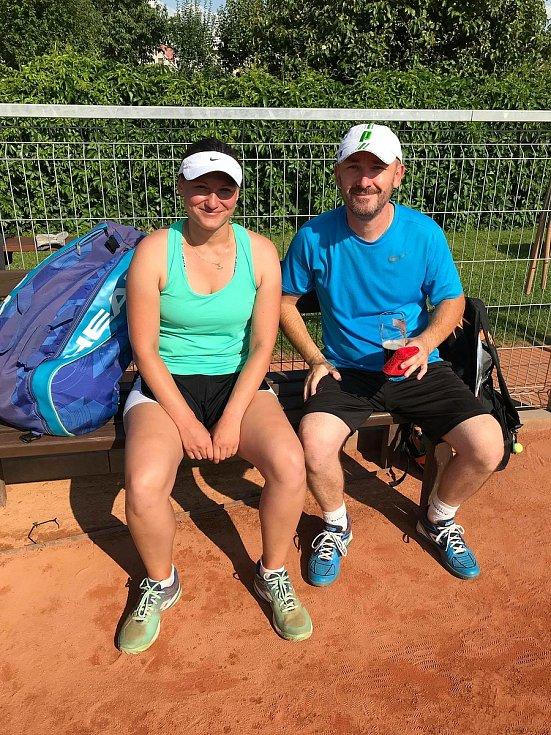Amatérský tenisový turnaj Hončov debl.