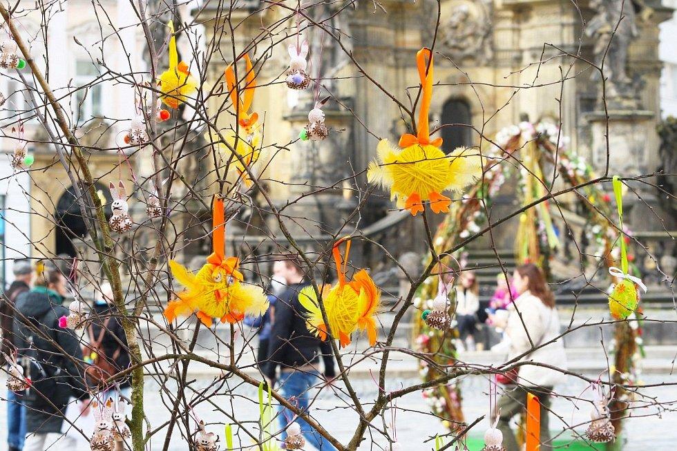 Velikonoční výzdoba na Horním náměstí v Olomouci, březen 2021