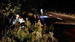 Hasiči v noci ve čtvrtek 5. října odstraňují následky silného větru