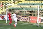 Fotbalisté z Olomouce Holice (v bílém) porazili Vyškov 2:0.