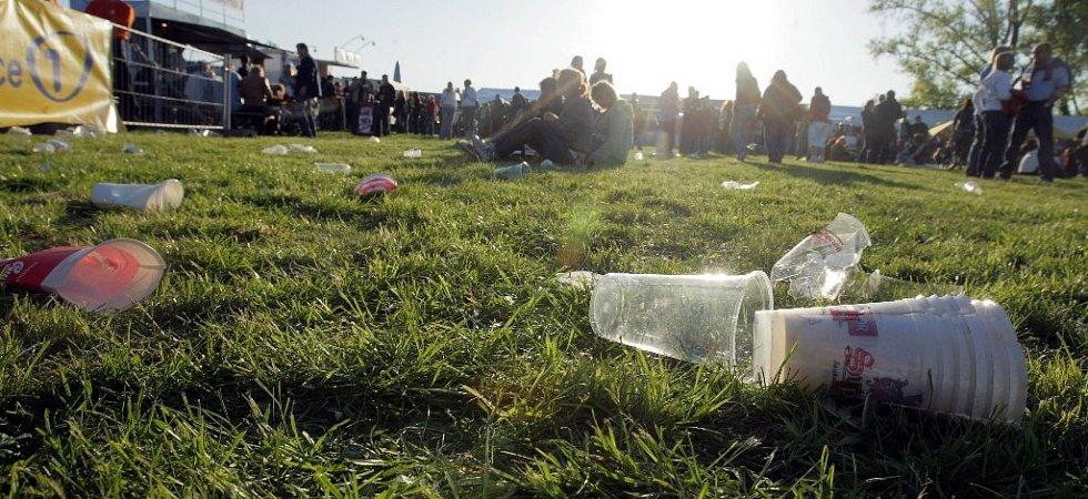 Olomoucký pivní festival v protisvětle