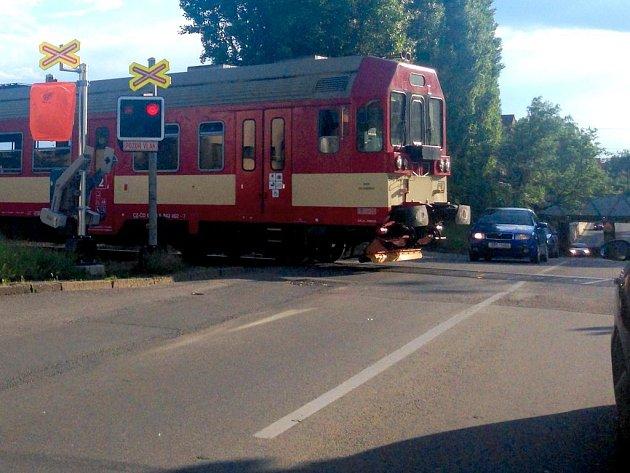 Železniční přejezd v Pavlovičkách dostane závory