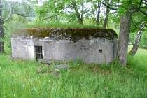 """Bělá pod Pradědem – bunkr (""""řopík"""") SLO VEČ 219JE, minimální kupní cena 29 780 korun"""