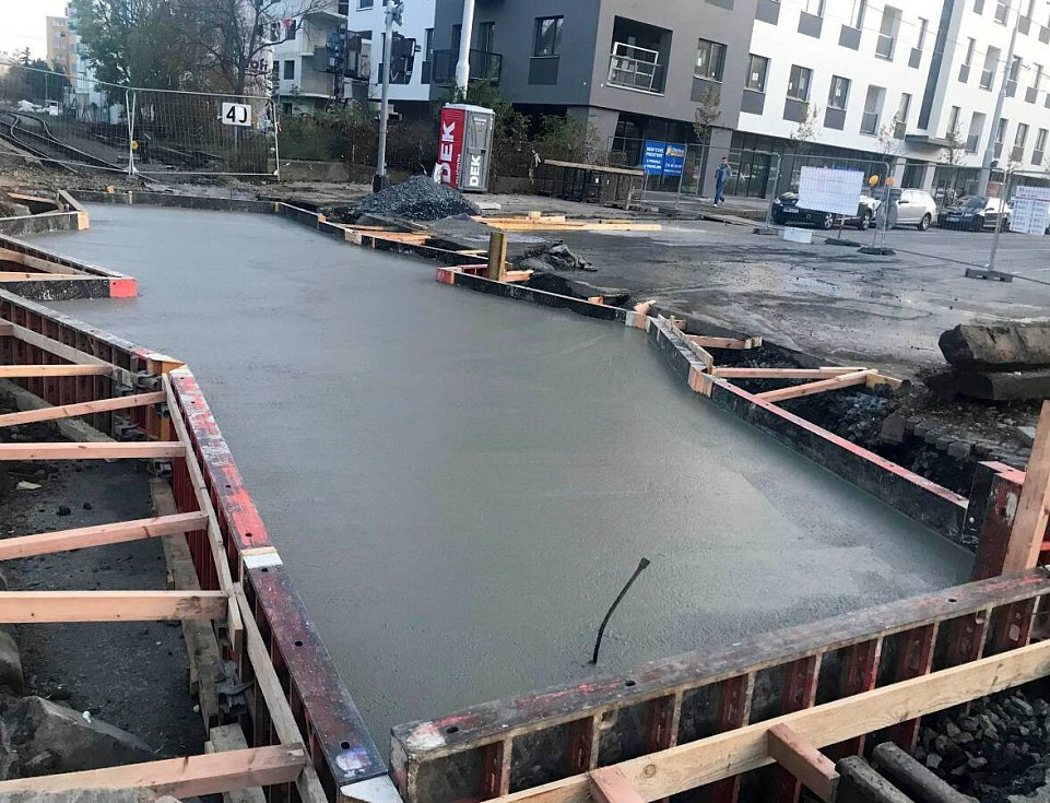 Oprava přejezdu ve Wolkerově ulici v Olomouci, 8. listopadu 2019