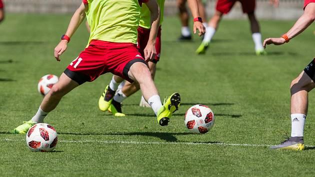 Fotbalová trénink. Ilustrační foto