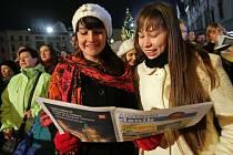 11.12.2013. Česko zpívá koledy na Horním náměstí v Olomouci