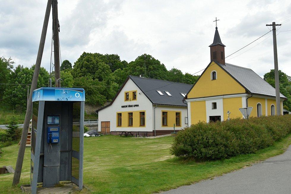 Telefonní budka v Lipině se 172 obyvateli, 4. 6. 2020