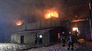 Požár v zemědělském objektu ve Štarnově