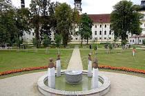 Obnovená barokní zahrada v areálu Klášterního Hradiska
