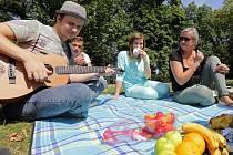 Piknik s Voxelem v olomouckém parku