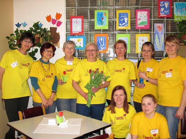 Dobrovolnice Amelie například vyzdobily prostory fakultní nemocnice tulipány.