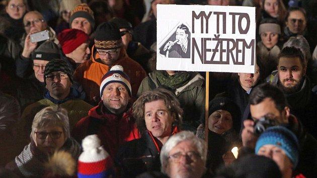 Demonstrace proti Ondráčkovi v Olomouci