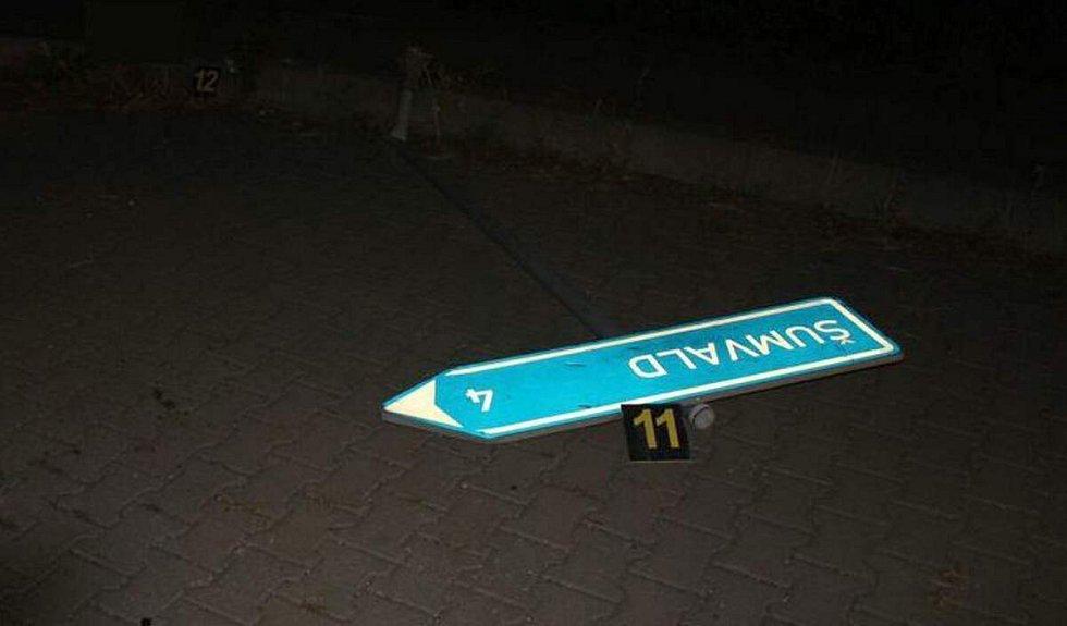Nehoda opilého řidiče BMW u Horní Sukolomi