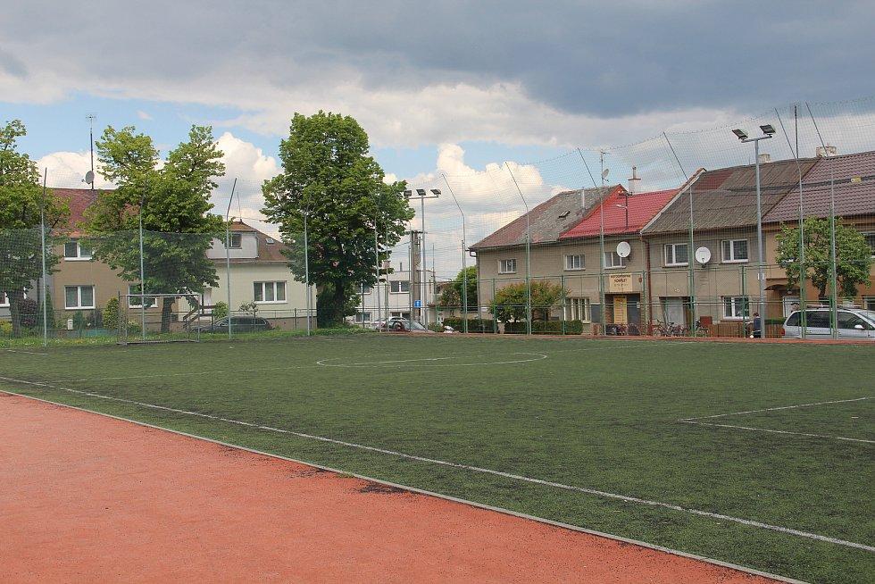 Hřiště u Sokolovny v Křelově.