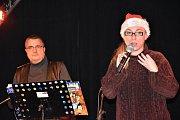 Prvního Ježíška dostaly děti z dětského domova v olomouckém Jazz Tibet Clubu už 18. prosince