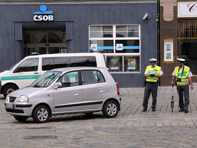 Policie vyšetřuje nehodu na Horním náměstí v Olomouci, kde v úterý 25. srpna 2015 srazilo osobní auto 14letou dívku
