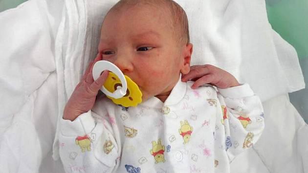 Eliška Škrabalová, Olomouc narozena 11. března míra 49 cm, váha 2885 g