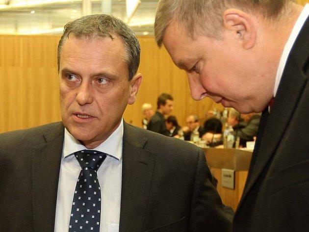 Hejtman Jiří Rozbořil a jeho náměstek Zdeněk Švec