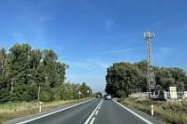 Ředitelství silnic a dálnic ČR připravuje stavbu meteostanice na I/46 u obce Bělkovice-Lašťany, poblíž čerpací stanice AXA OIL, 4. října 2021