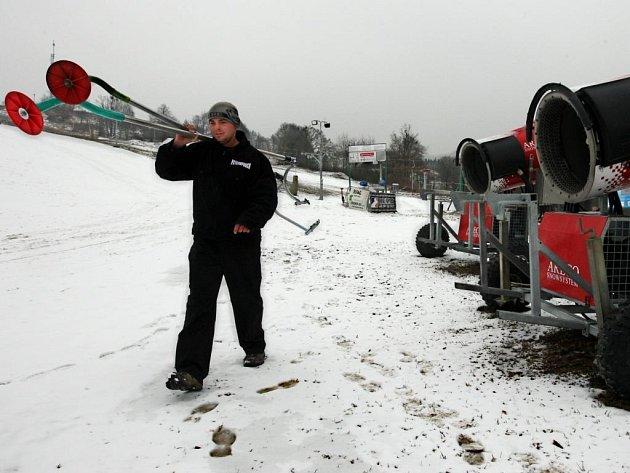 Ski areál Hlubočky na konci sezony