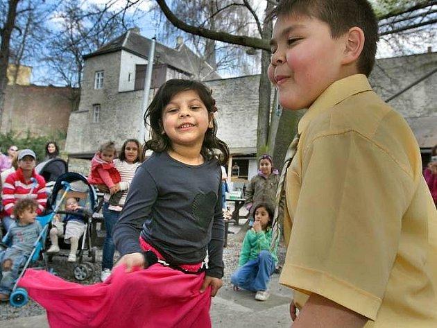 Oslavy Mezinárodního dne Romů v olomouckém Letním kině