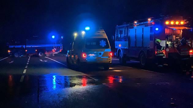 6364342568b Auto srazilo u Bohuňovic chodkyni. Ta na místě zemřela