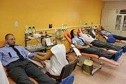 Policisté na akci Mladá krev na transfuzním oddělení olomoucké fakultní nemocnice