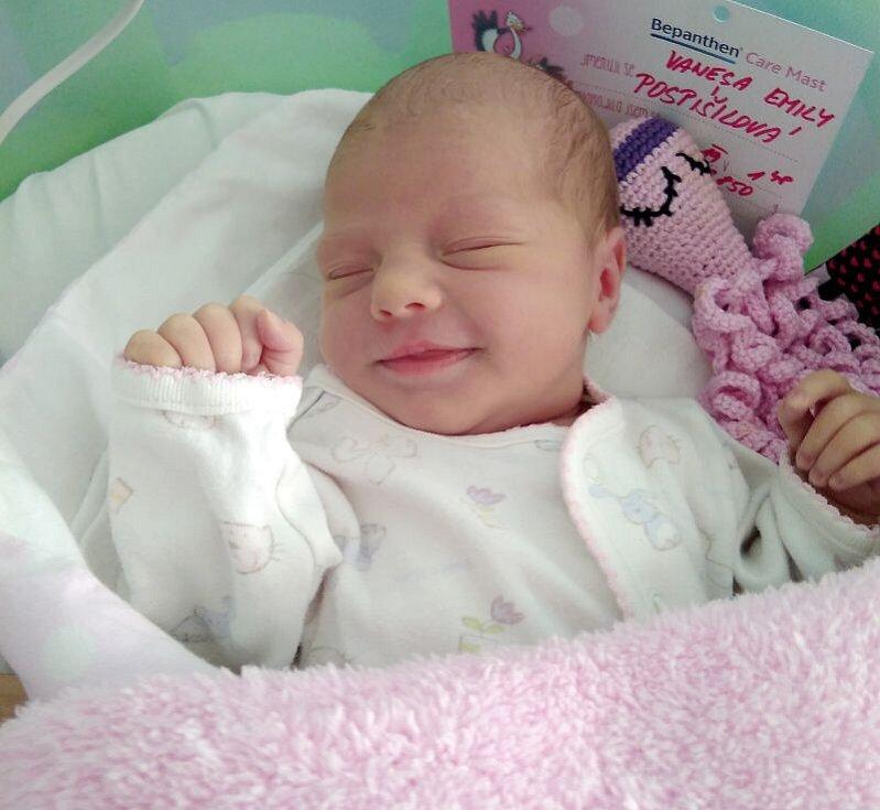 Vanesa Emily Pospíšilová, Velký Týnec narozena 26. dubna, míra 48 cm, váha 2850 g