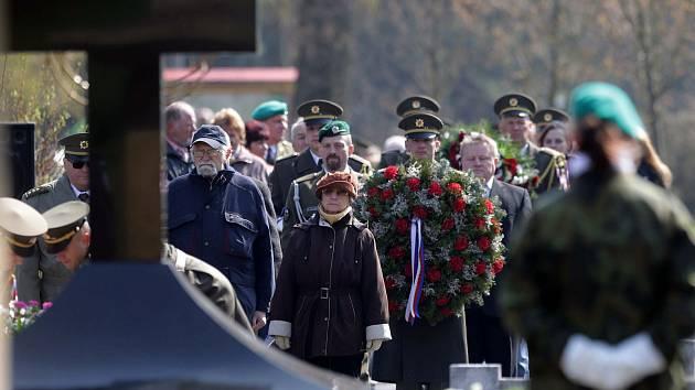 Pietní akt při příležitosti 72. výročí vypálení obce Javoříčko. 5.května 1945 zde nacisté zavraždili 38 mužů.