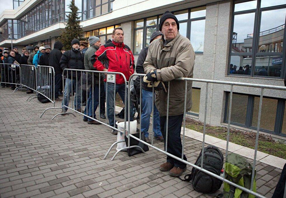 Únor 2016. První den přijímání žádostí o kotlíkové dotace v Olomouci