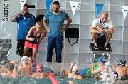 Mladé plavecké naděje na prázdninovém kempu v Olomouci.