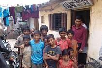 Děti z ulice v kontaktním centru Snehasadanu