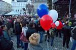 30 let Sametové revoluce. Happening na Palachově náměstí v Olomouci, 17. 11. 2019