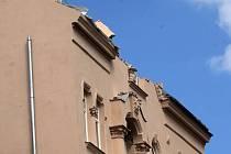 Dům v Pekařské ulici po zřícení části štítové zdi