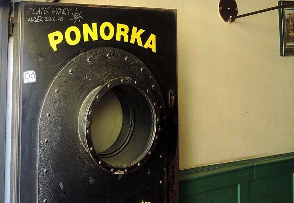 Kultovní olomoucká hospoda Ponorka