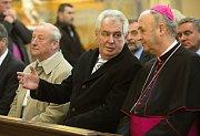 Miloš Zeman s olomouckým arcibiskupem Graubnerem. Prezidentská návštěvě poutní baziliky na Svatém Kopečku u Olomouce