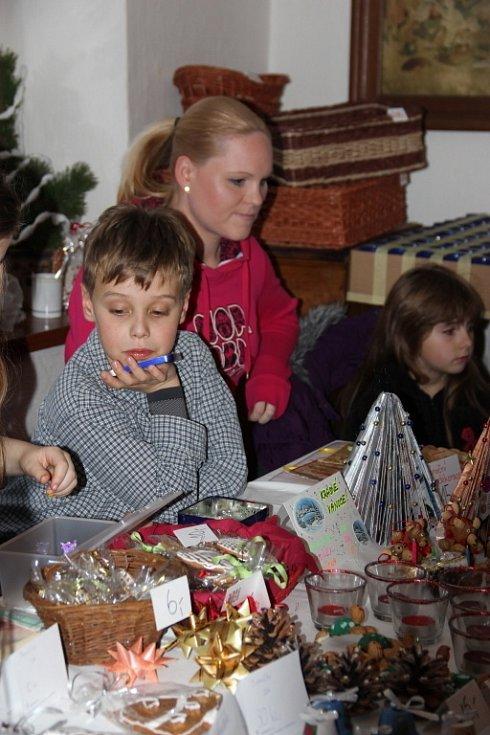 Ve skanzenu v Příkazích na Olomoucku v sobotu pořádali akci Hanácké Vánoce.