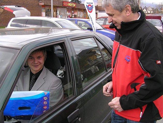 Krajský koordinátor BESIPu Miroslav Charouz (vpravo)