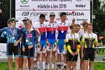 Vjuniorech si pro suverénní vítězství pod hlavičkou týmu Mapei Merida Kaňkovský dojela trojice Pavel Bittner (MAPEI Merida Kaňkovský), Filip Řeha (Force Team Jeseník) a Jakub Ťoupalík (Cycling Academy Tábor).