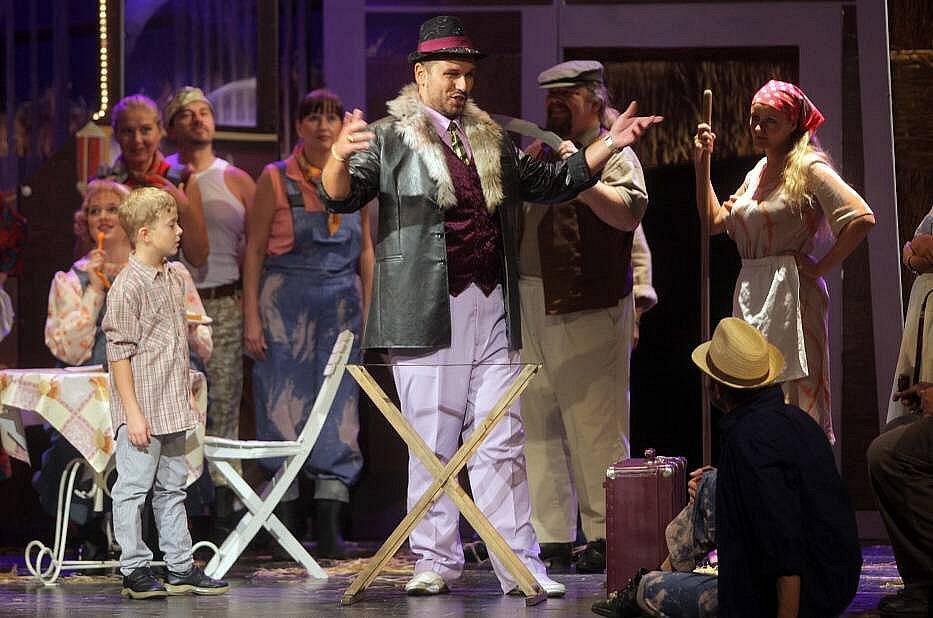 Komická opera Nápoj lásky v Moravském divadle