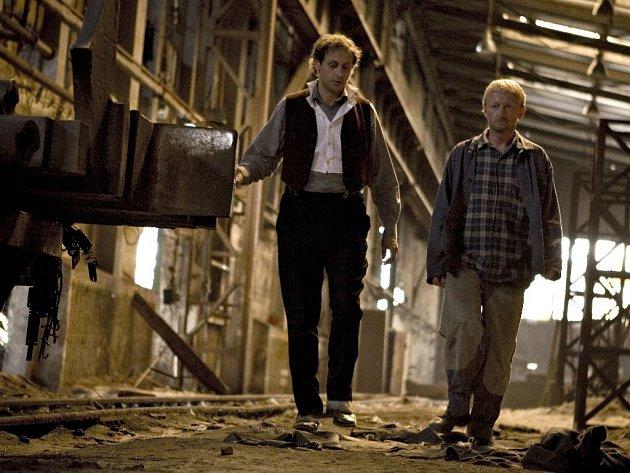 Film Karamazovi se natáčel v ocelárně v Hrádku u Rokycan