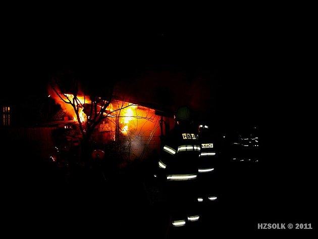 Požár přístřešku v Křelově