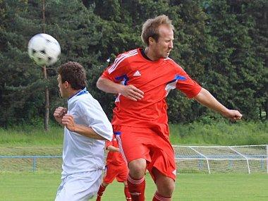 FK Šternberk (v červeném). Ilustrační foto