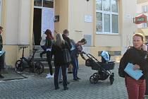 Volební místnost v Klubu důchodců v Polské ulici v Olomouci, 8. října 2021 odpoledne
