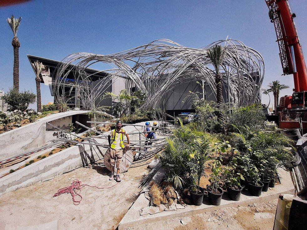 Plastika Mrak je součástí českého pavilonu na světové výstavě EXPO 2021.