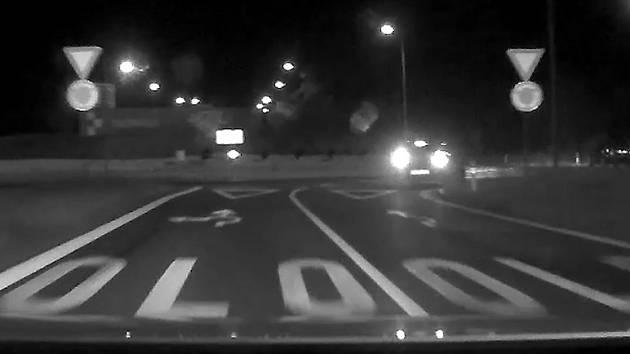 Pronásledování ujíždějícího BMW v Olomouci