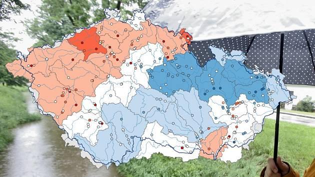 Stav hladiny podzemní vody v mělkých vrtech, červenec 2020. Bílá - normální stav, modrá - nadnormální stav, oranžová - pod normálem